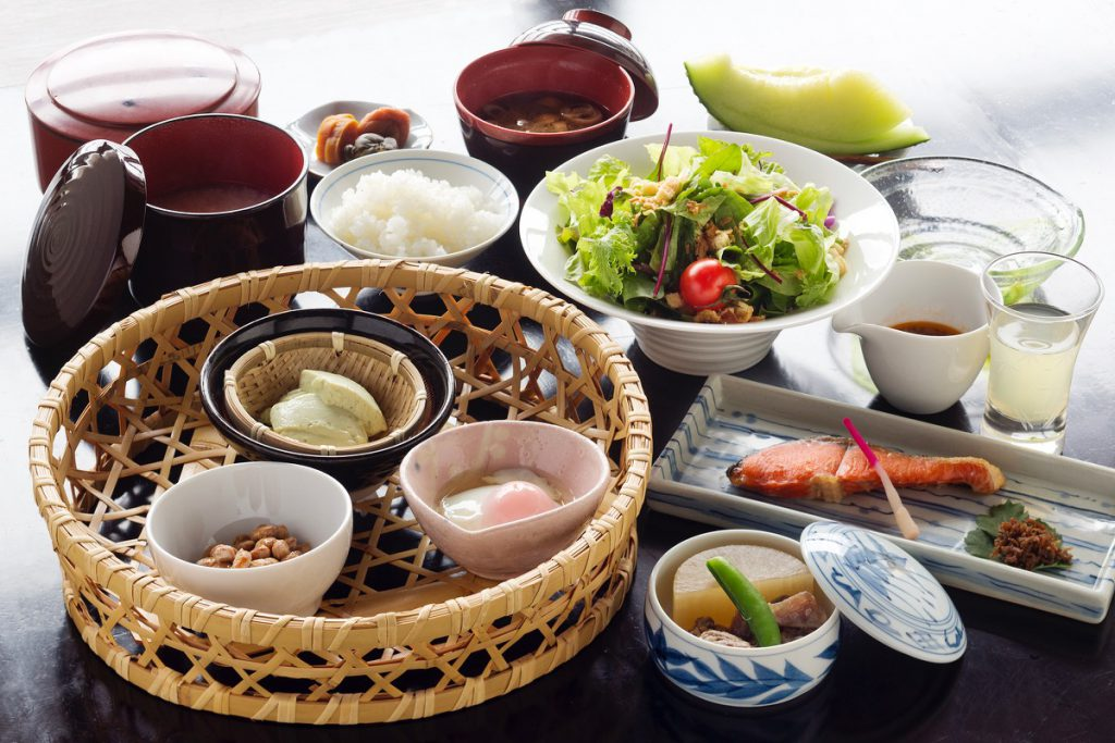 example of the Japanese style breakfast