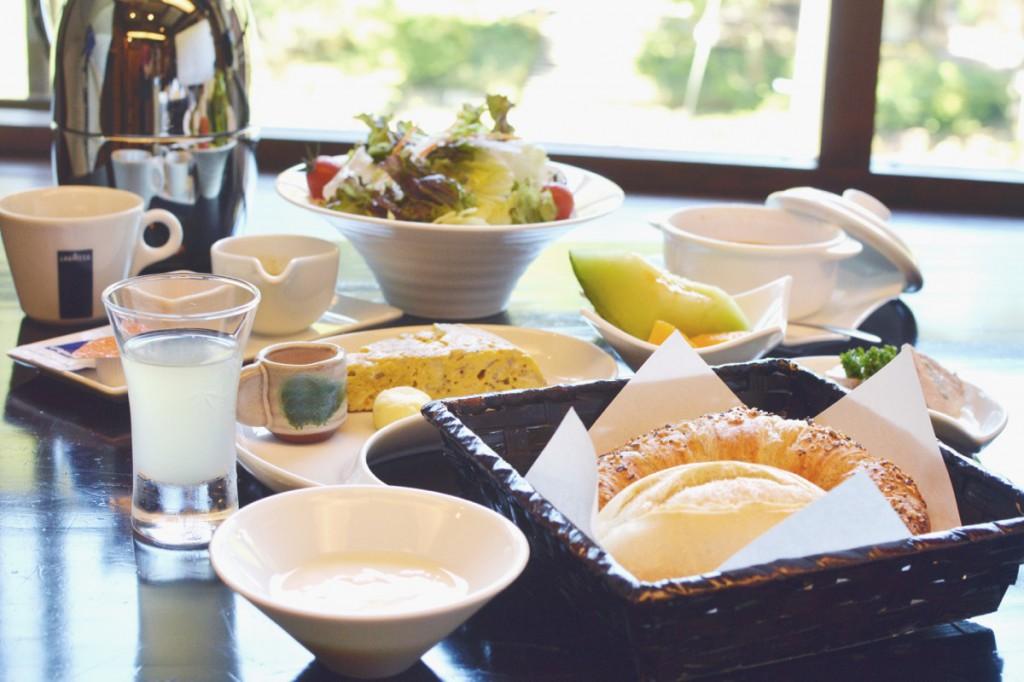 Western style breakfast