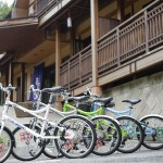 Let's enjoy Shima Onsen with free bike rentals!