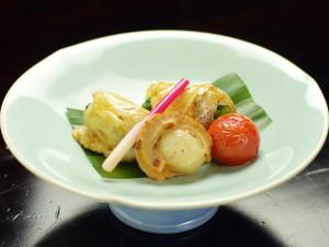 鯛の山菜巻き、四万温泉の料理