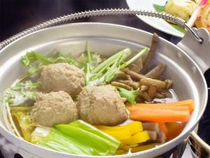 山菜と牛肉団子のお鍋
