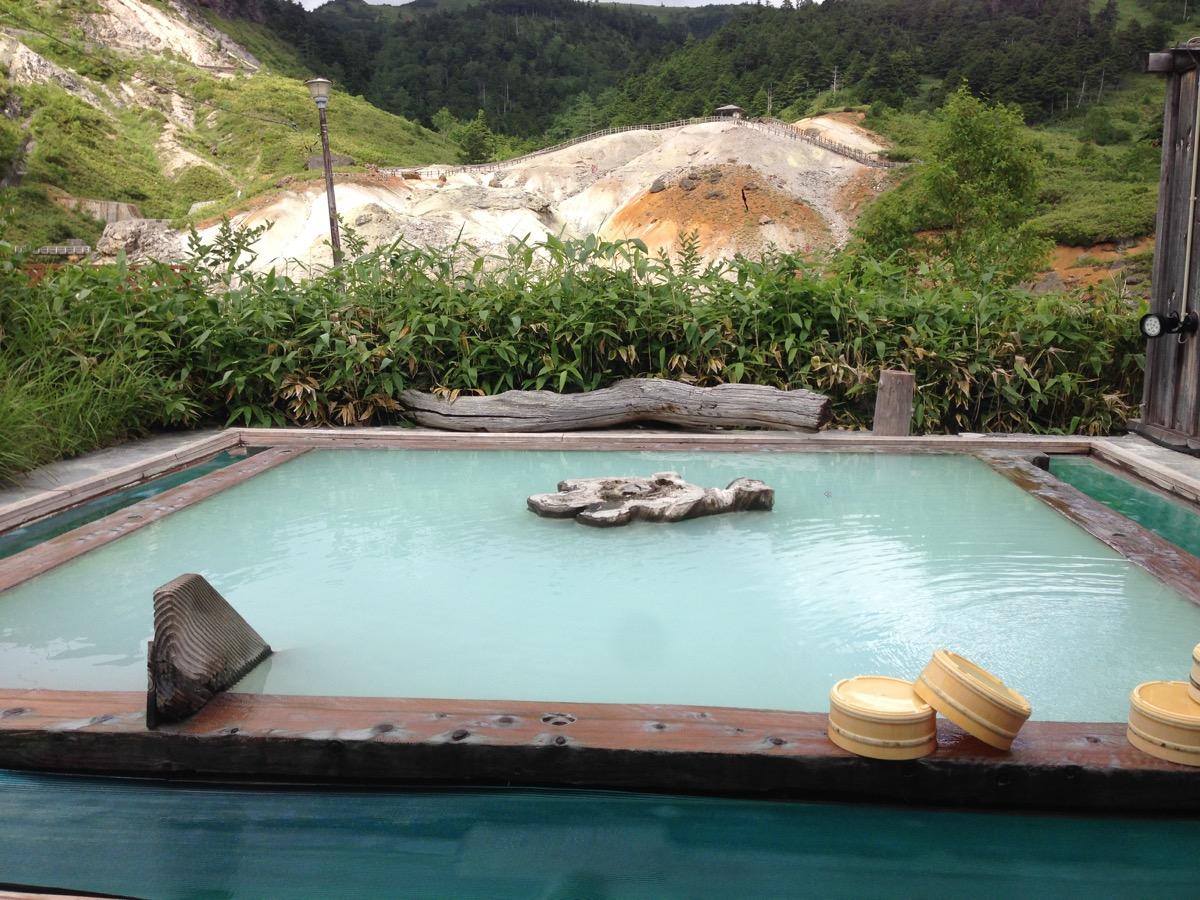 万座温泉の露天風呂