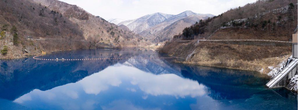 奥四万湖、雪解け、四万ブルー