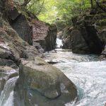 嘉満ヶ淵(かまがふち)は「幻」の四万温泉の名勝