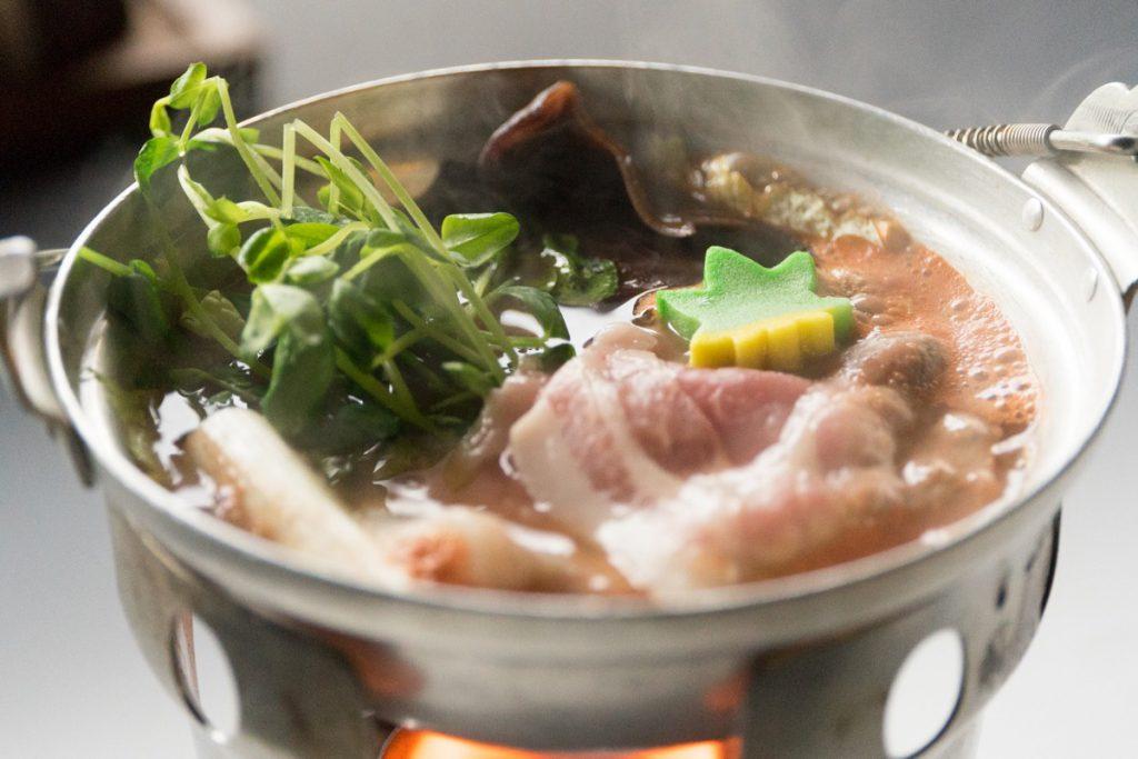 県野菜と群馬ハーブ豚トマト旨塩鍋
