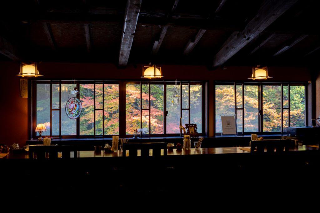 四万温泉柏屋カフェの紅葉