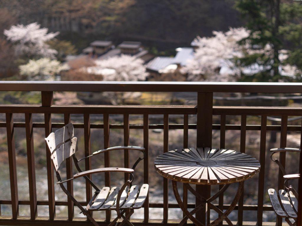 テラスからの桜
