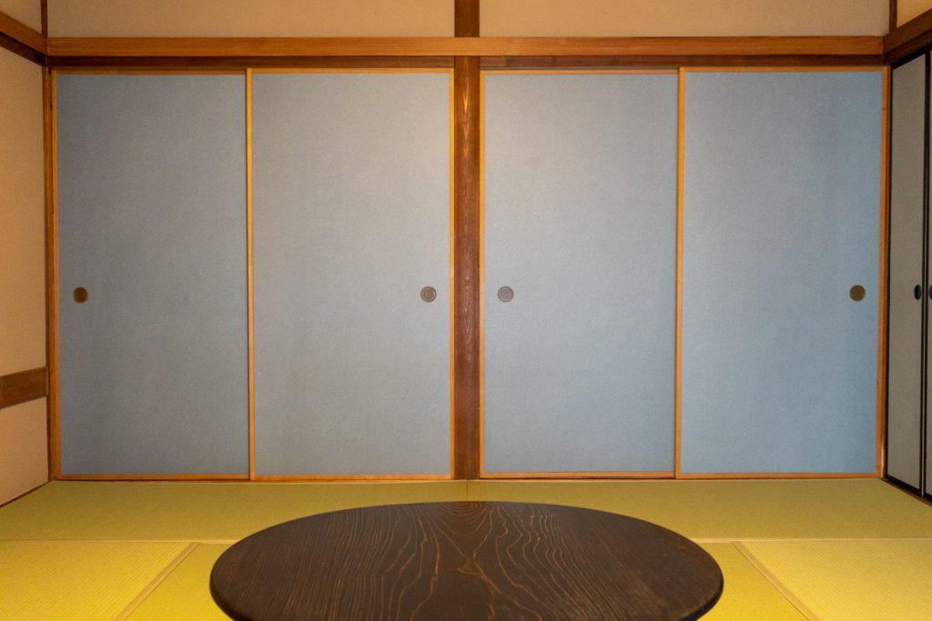 Fusuma sliding door