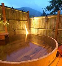 四万温泉の貸切露天風呂