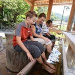 擁有多達42處源泉的四萬溫泉。享受豐富多元的溫泉泡湯。