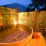 附設包租溫泉、部分客房附設露天浴池的旅館